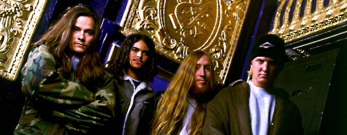 Josh Homme (dcha.) en Kyuss